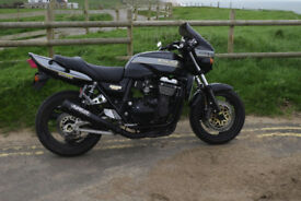 KAWASAKI ZRX 1100 HIGH SPEC plus EXTRAS