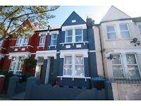 Excellent condition three bedroom maisonette to rent at Cricklewood