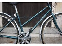 RELIABLE, Excellent Condition, Top Quality, LADIES TREK Hybrid City Commuting bike FREE DELIVERY