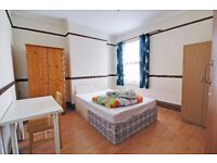 2 x Huge Rooms to Rent in Leytonstone | 30 Second Walk to Leytonstone Central Line
