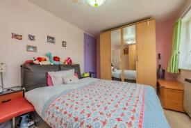 2 bedroom flat in Kenton Lane, Harrow, HA3