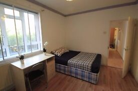 Double bedroom in a flat with large kitchen!