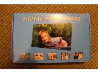 Digital photo frame 7''