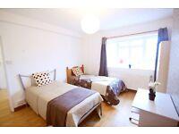 **Zone 1 Edgware Road** Stunning XL Twin Room, only half deposit!!! Ref: 5W
