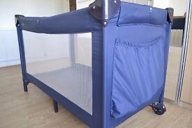 BabyDan travel cot, good condition