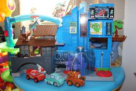 Fisher-Price Imaginext Disney Pixar Cars 2 Playset