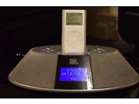 JBL FM RADIO/IPOD DOCK AUX IN WITH MINI IPOD/PLAY PHONE MUSIC