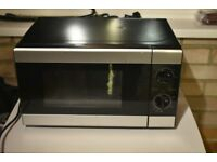 Tesco Solo 700 watt Microwave tested only as new