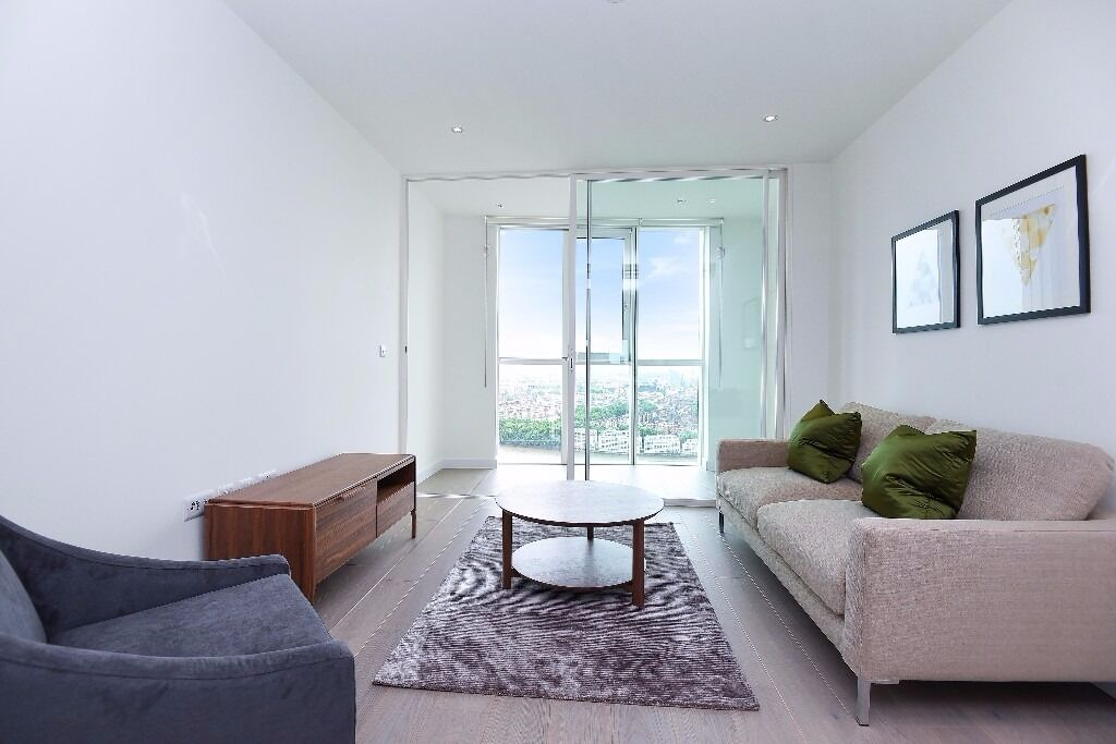 Stunning 1 bed in the new Sky Garden development with views across The City. Wandsworth Road, SW8