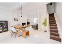 4 bedroom house in Herries Street, London, W10