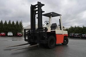 Nissan UGF03A40V 9000Ib Forklift