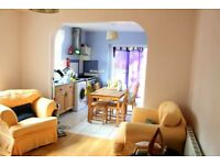 **STUDENTS ONLY** 5 BEDROOM TERRACHED HOUSE FULLY FURNISHED 5 MIN TO BRUNEL UNIVERSITY!!