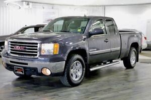 2010 GMC Sierra 1500 SLT, Tow Package, Heated Seats, Backup Came