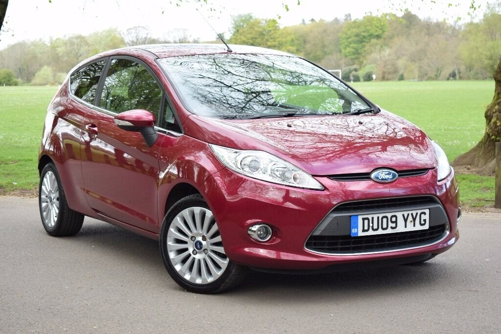 2009 new shape ford fiesta titanium 1 4 red cruise parking. Black Bedroom Furniture Sets. Home Design Ideas