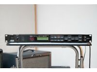 YAMAHA SPX900 Multi Effects Processor - Reverb , Delay , Chorus , Flanger etc. Studio or Live use