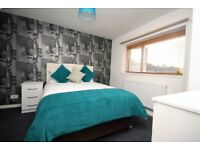 **Luxury Large Rooms Near Hospital & Town Centre**