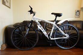 Felt unisex Hybrid bike Foamlite frame.