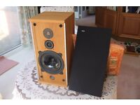 B & W DM4 speakers in perfect condition