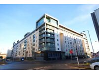 2 Bedroom Unfurnished Flat on Wallace Street, Only Minutes Walk From Glasgow City Centre (ACT 281)