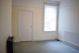 Lovely 2 Bed Ground Floor Flat close to Town Hall in South Shields