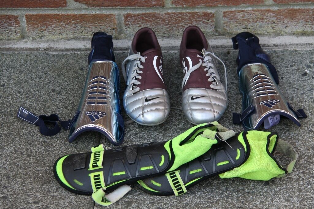 FOOTBALL BOOTS AND SHINGUARDSin Lisburn, County AntrimGumtree - FOOTBALL BOOTS (Size 42.5) AND TWO PAIRS OF SHINGUARDS PERFECT CONDITION USED ONLY ONCE £15 the lot
