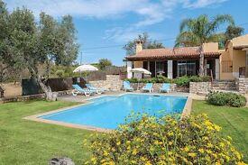Luxury Villa in Sunny Algarve sleeps 6 Private Pool nr Faro