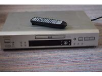 Quality Onkyo DVD player, model DV-SP500