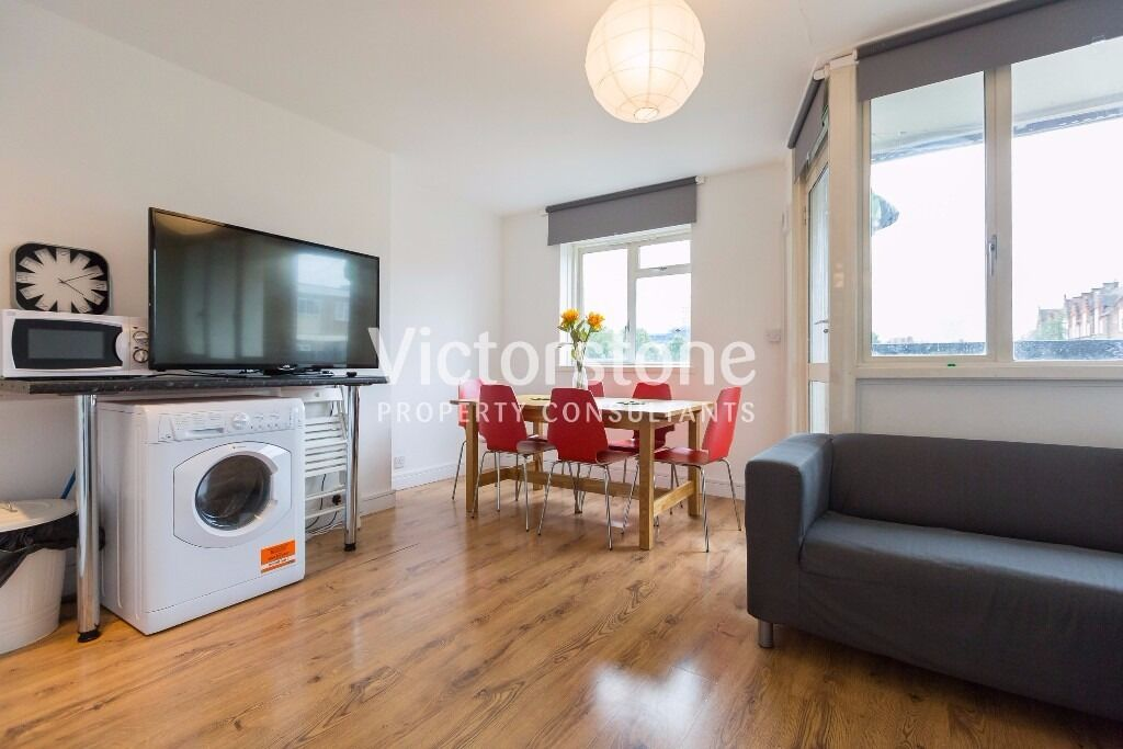 **AUGUST MOVE IN***4 BEDROOM 2 BATHROOM APARTMENT IN STEPNEY GREEN WHITECHAPEL