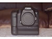 Canon 5D Mk iii BOXED & grip (low shutter count) PLUS 4 batteries £1100