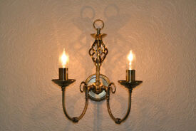 Two 2 Madagascar Antique Brass wall lights as new condition £10 the pair.