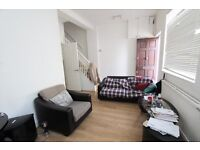 3 BED SPACIOUS FLAT BY CROUCH HILL - IDEAL FOR SHARERS