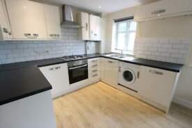 2 bedroom flat in Westfield Lane, Harrow, HA3