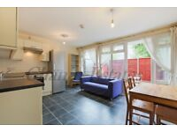 STUDENTS CLICK HERE - 4 BED 3 BATH AVAILABLE 20TH AUGUST -SHARERS-FURNISHED- KENNINGTON/OVAL