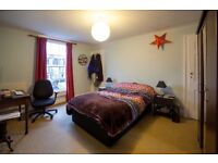 Large Double room on London Road