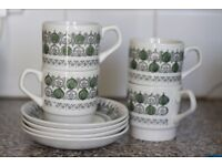 4 cups and saucers - white/green/grey Pavilion top style pattern