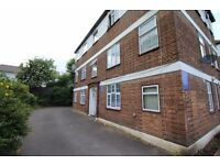 *DSS WELCOME* Stunning 2 bedroom flat located in Tulse Hill