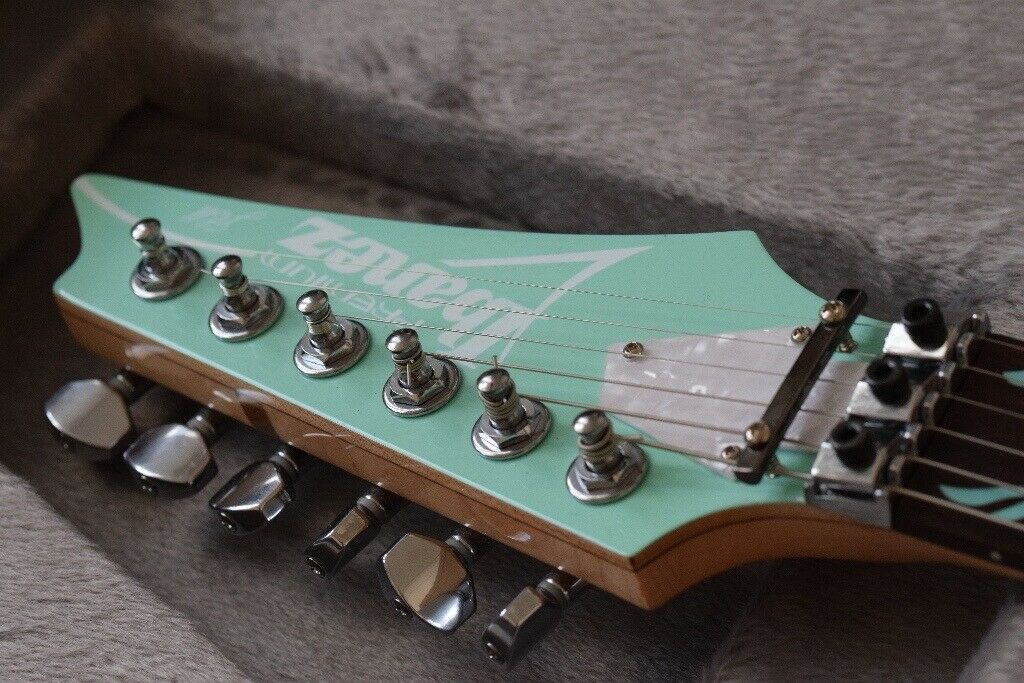 Minty Ibanez premium 'JEM' Vai signature - V70 SFG - with case   in  Brighton, East Sussex   Gumtree