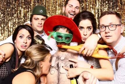 deluxe photobooth from $399