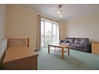 MOMENTS FROM SOUTH EALING TUBE (PICADILLY LINE) - 2 DOUBLE BEDROOM - PURPOSE BUILT FLAT