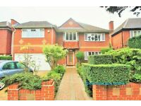 5 bedroom house in Cedars Close, Hendon, NW4