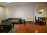 MORERN SPACIOUS NEWLY REFURBISHED ONE BEDROOM FLAT ONE MINUTE WALK TO KENTISH TOWN TUBE AND SHOPS