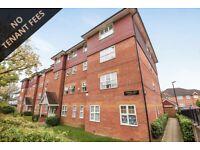 2 bedroom flat in Woodside Lane, London, N12