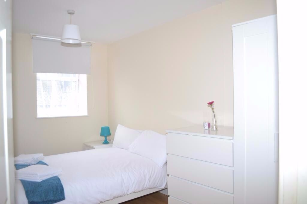 WOW! Large 1 Double Bedroom FlatShare In The Heart Of Kings Cross **ALL BILLS INCLUDED** CALL NOW