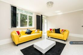 3 bedroom flat in Charlwood House, London, SW2 (3 bed) (#1088944)
