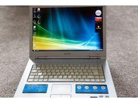 Laptop Sony VAIO, Core 2 Duo, 120 GB Hard, 2 GB RAM, £50
