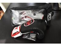 12oz RDX Cow Hide Leather Boxing gloves - brand new