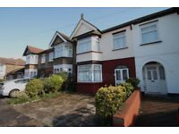 3 bedroom house in St. Andrews Road, Ilford, IG1