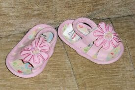 Baby's Shoes, Age Up To 3 Months, Pale Pink, Very Good Condition, Histon