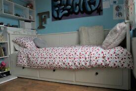 Ikea Hemnes day bed - inc 1 mattress