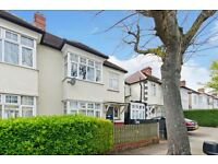 Spacious four bedroom house for rent in Kensal Rise. Call joshua on 07533 003 332